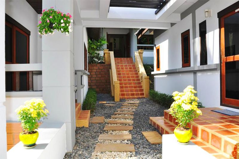 Miss Orange, Chaweng Beach Cheap Villas Thailand