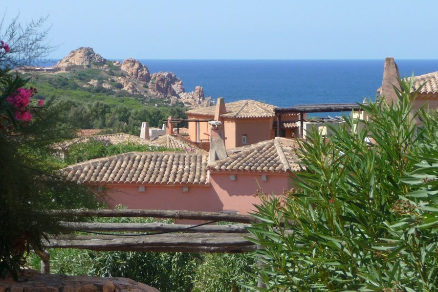 Sardinia, two-bedroom property, near beach, sea view property and shared garden