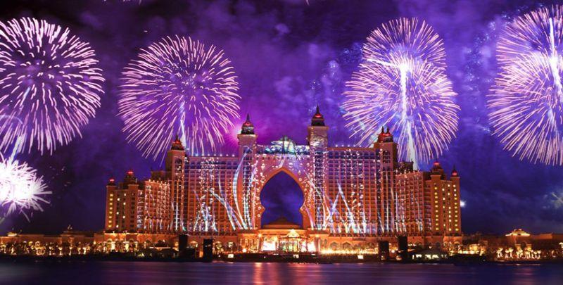 Dubai New Years Eve Fireworks Atlantis