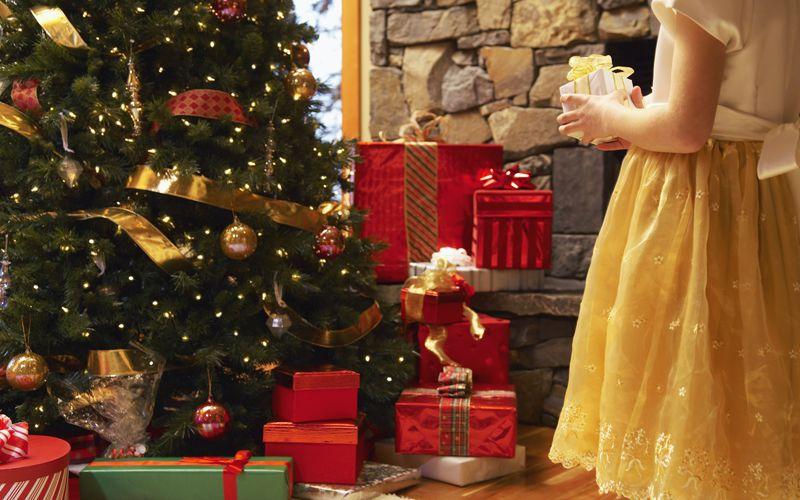 Christmas Tree Giving Presents