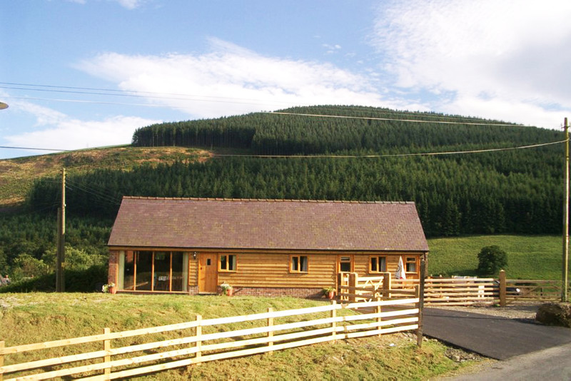 Cottage to rent in Powys Wales