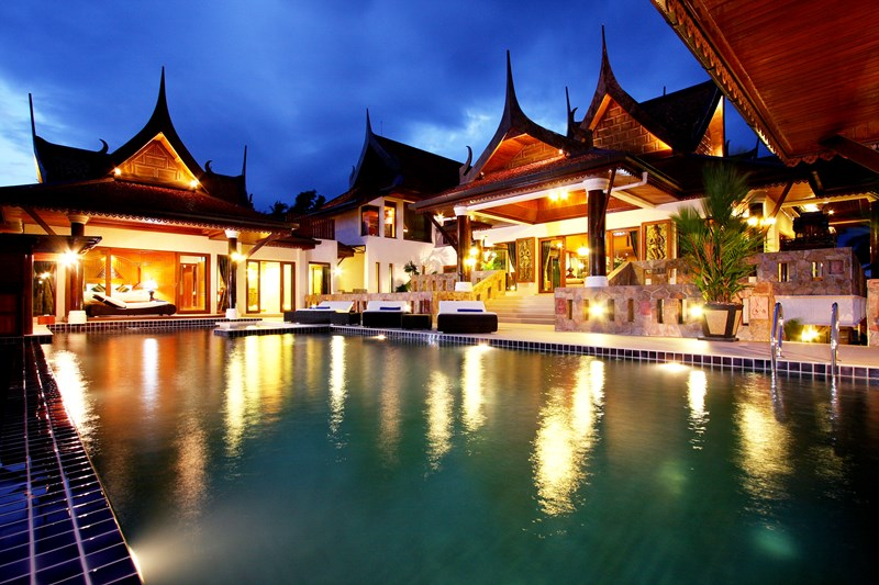 Coloniall-style villa to rent in Phuket