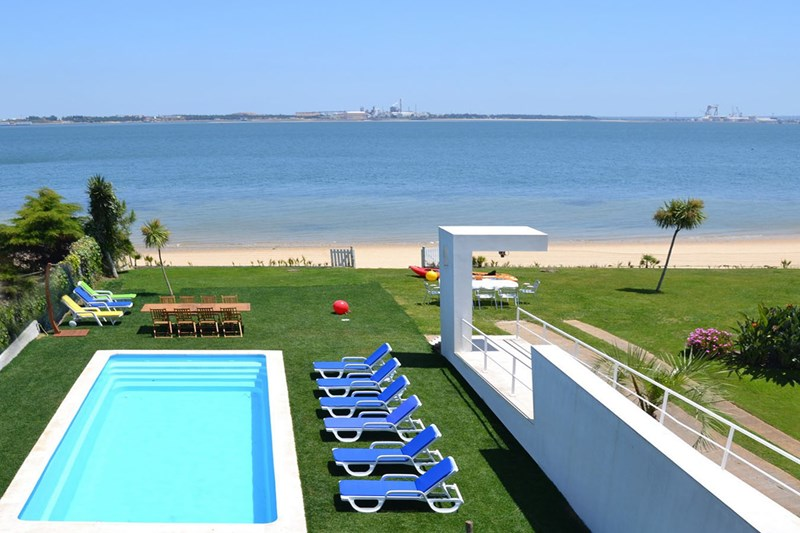 villa to rent in Setubal, Portugal
