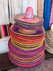 Sombreiros_mexicanos_á_venda_-_Quintana_Roo_-_México