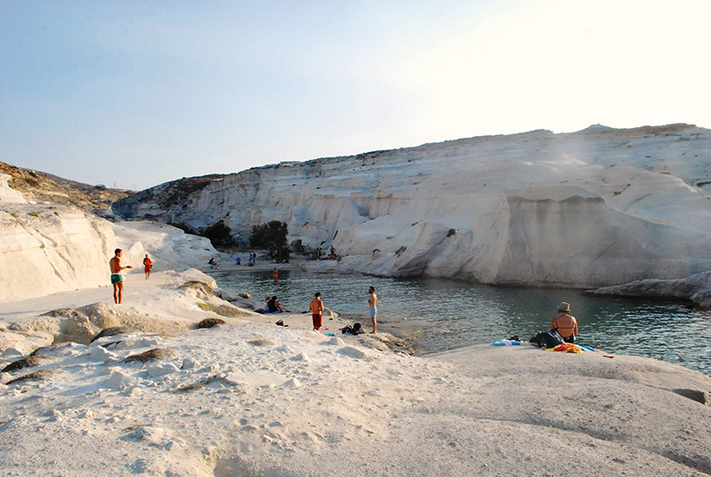 Sarakiniko Beach in Mylos