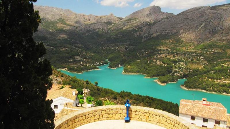 Spanish Lakes