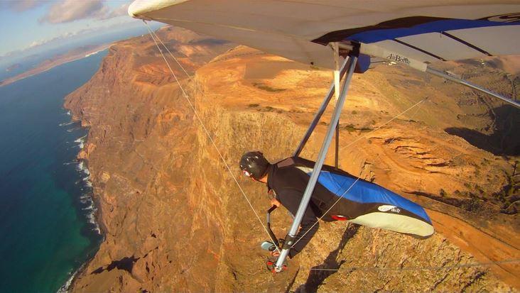 Lanzarote hand gliding