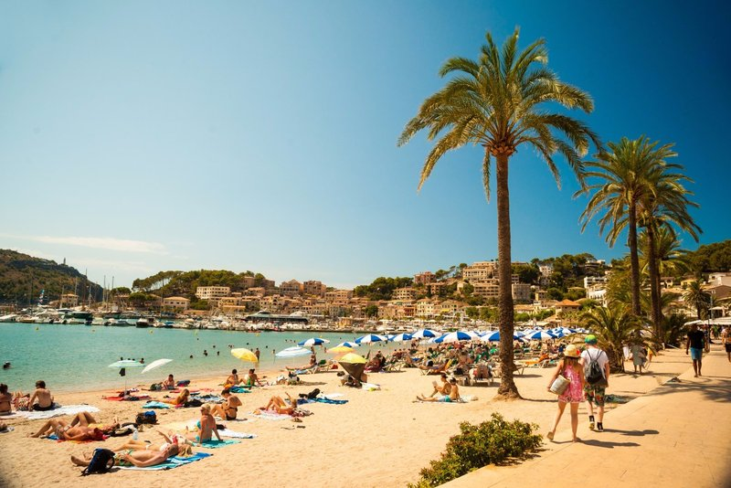Mesmerising beaches in the heart of Port de Sóller