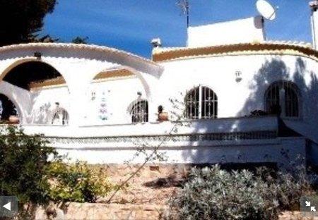 Villa in Mil Palmeras, Spain