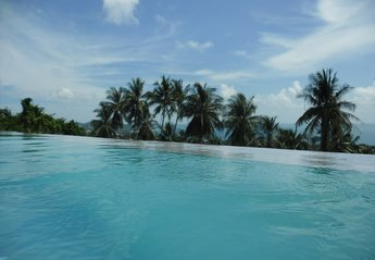 Villa in Chaweng Noi, Koh Samui: view from pool