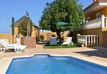 Villa in El Salto, Tenerife: Stunning pool