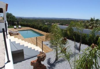 Villa in Cumeada, Algarve