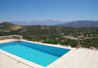 Villa in Greece, Kritsa: Infinity pool and amazing views