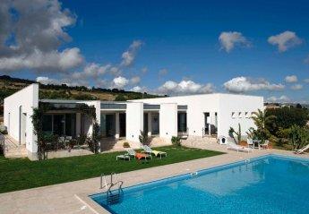 Villa in Rigaletta, Sicily