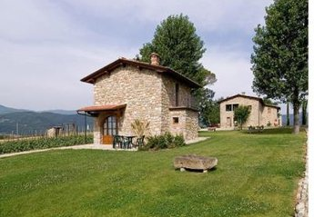 House in Poppi, Italy: Picture 1 of Image 1