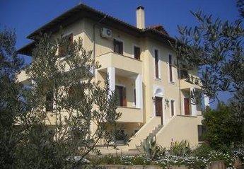 Villa in Magnesia, Greece: Villa