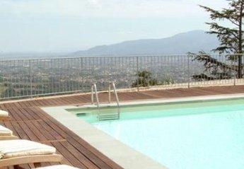 Apartment in Matraia, Italy