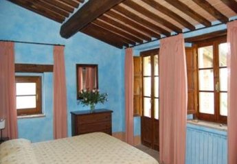 Apartment in Sarteano, Italy: Picture 1 of Image 1