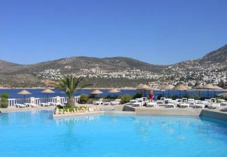 Apartment in Kalkan, Turkey: The grand pool