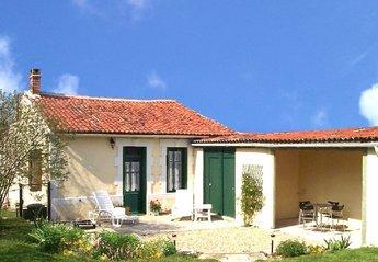 Cottage in France, Vinax