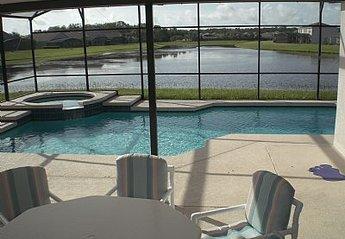 Villa in Crescent Lakes, Florida: Pool and Lake View