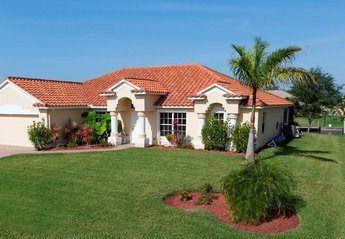 Villa in Cape Coral, Florida: Front of Villa - Gulf of Mexico salt water canal access with heated ..