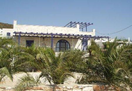 Villa in Paros, Greece: Picture 1