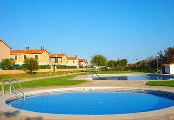 Villa in Mas Pinell, Spain