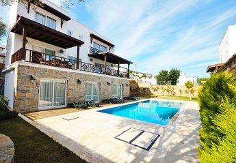 Villa in Torba, Turkey: Villa Celebi Private Pool and Gardens