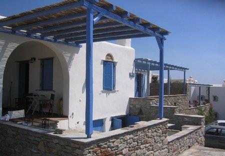 Villa in Tinos, Greece: Front Veranda