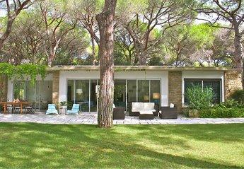 Villa in Roccamare, Italy