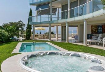 Villa in La Californie, the South of France
