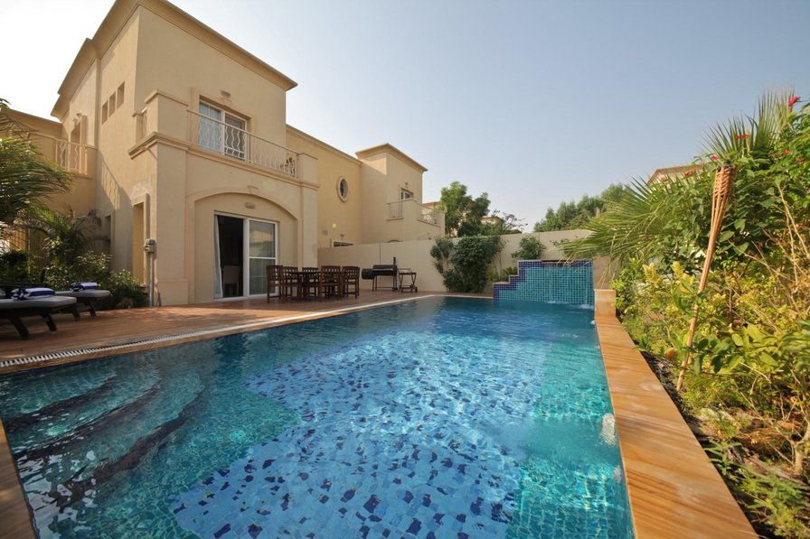 Villa To Rent In Dubai United Arab Emirates With Private Pool 178715