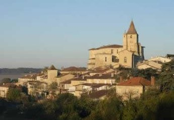 Village House in Lavardens, the South of France: Village from the east