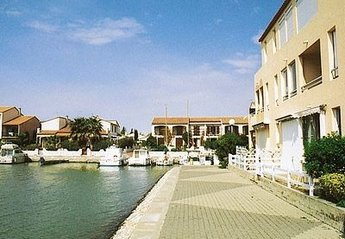 Apartment in Saint-Cyprien Centre, the South of France