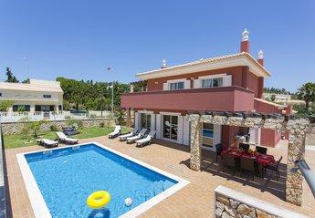 Villa in Portugal, Caliças