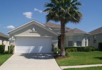 Villa in Calabay Parc at Tower Lake, Florida: Villa Front View
