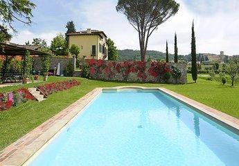 Villa in Lucca, Italy