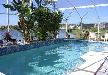 Villa in Lakeside, Florida: Luxurious Heated Pool