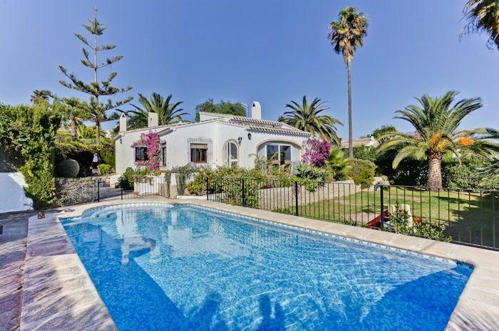 Villa to rent in la mandarina spain with private pool 181086 - Mandarina home espana ...