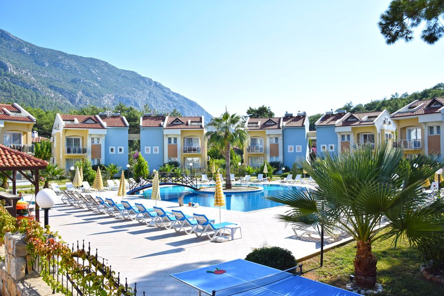 Apartment to rent in hisaronu turkey with shared pool for Garden centre pool in wharfedale