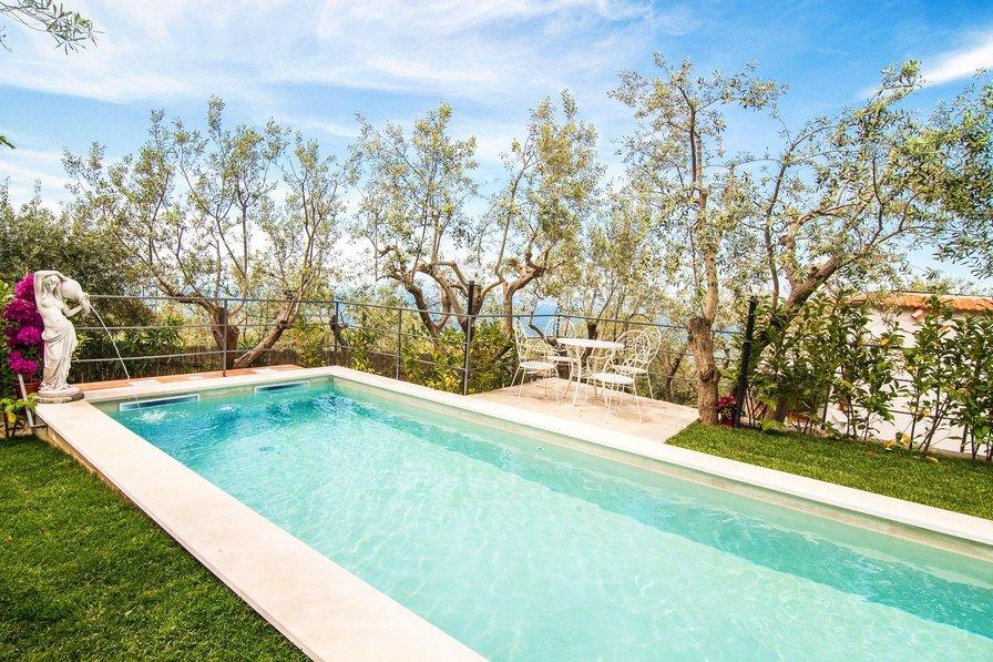 Campania Villas With Private Pools
