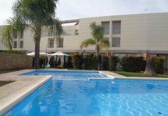 Town House in Ferreiras, Algarve