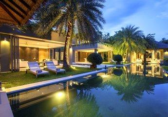 Villa in Chaweng, Koh Samui: Swimming pool at Villa 3 of Sangsuri private resort, North Chaweng, K..
