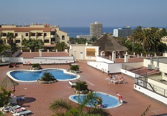 Apartment in Oasis del Sur, Tenerife: The main pool with lovely views