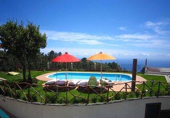 Villa in São João (Fajă da Ovelha), Madeira