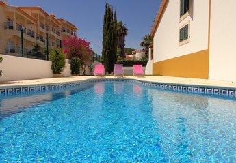 Town House in Olhos de Água, Algarve: