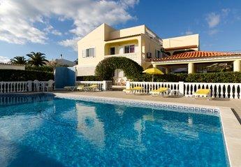 Villa in Canelas, Algarve