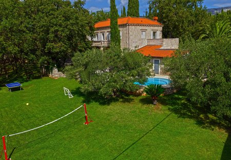 Villa in Čilipi, Croatia