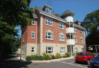 Apartment in East Cliff and Springbourne, England